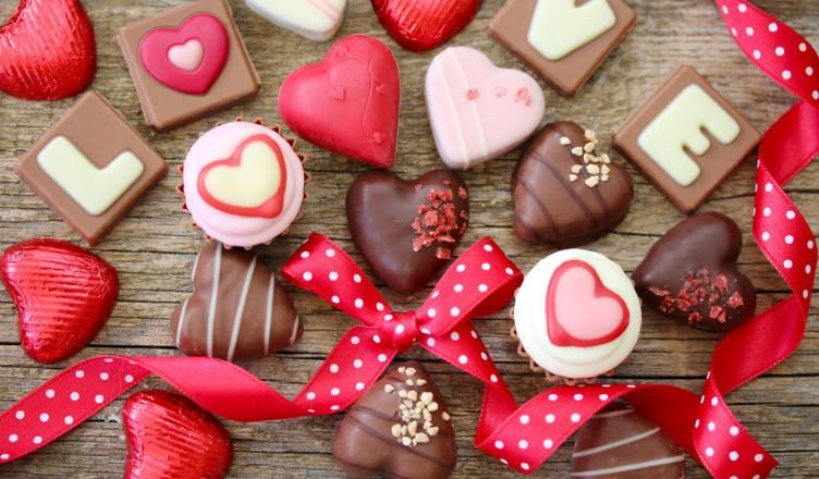 Essen und Liebe sind für uns Menschen...