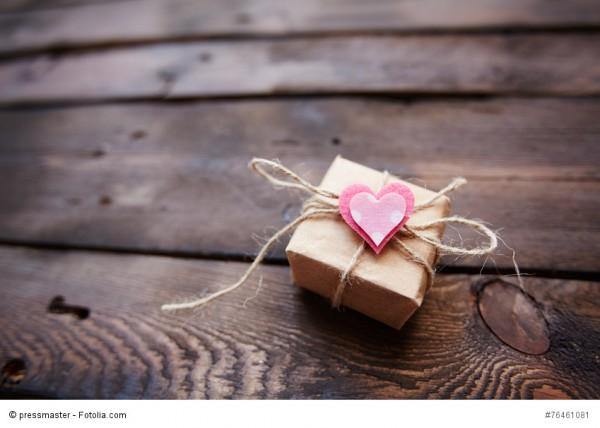 Die letzten Tage um für Weihnachten Online zu bestellen: Die Bedeutung des Schenkens...